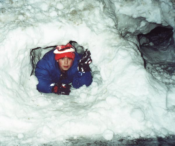Tommy_snow_tunnel